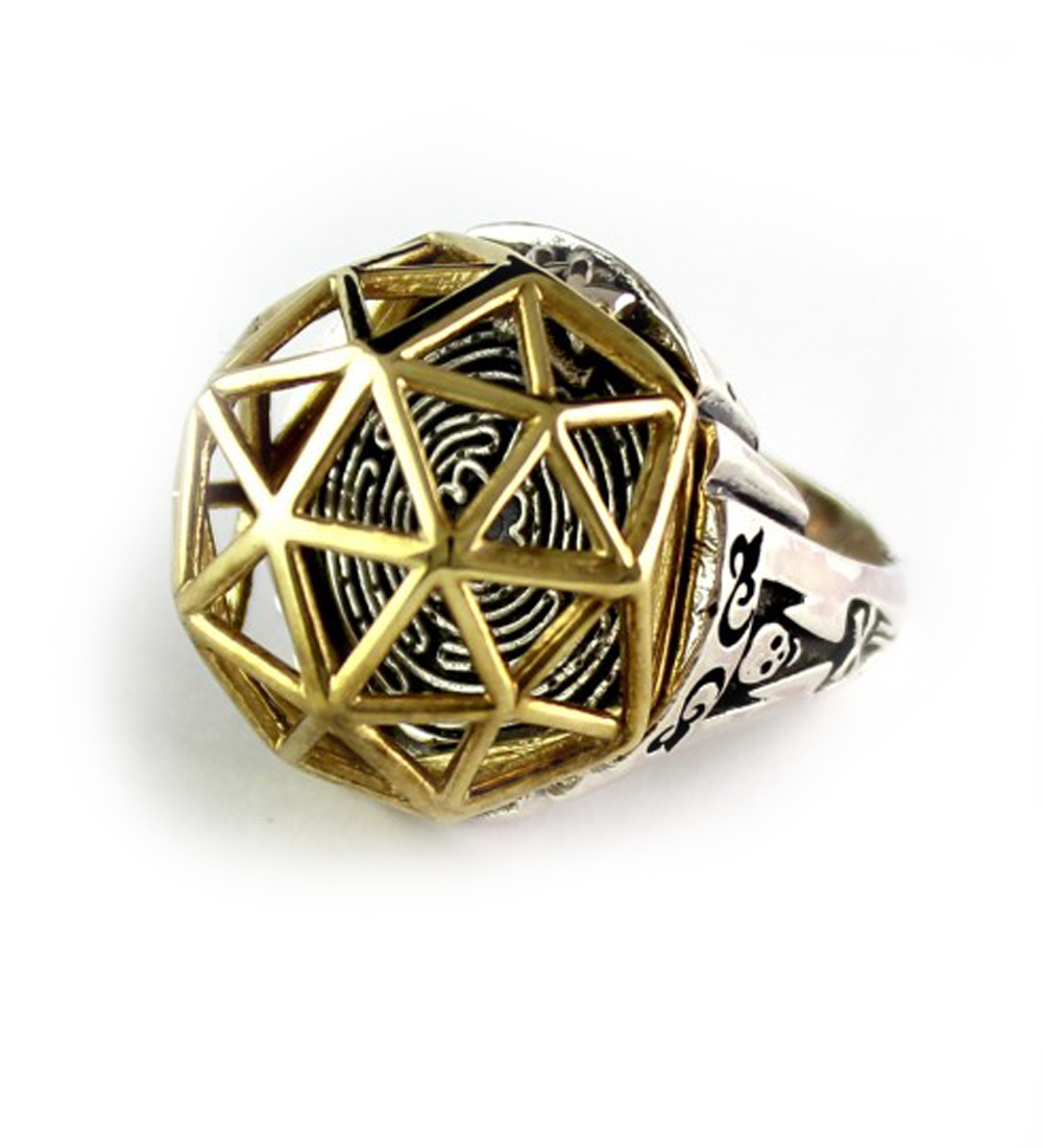 Geodome poison cocktail ring in gold and silver