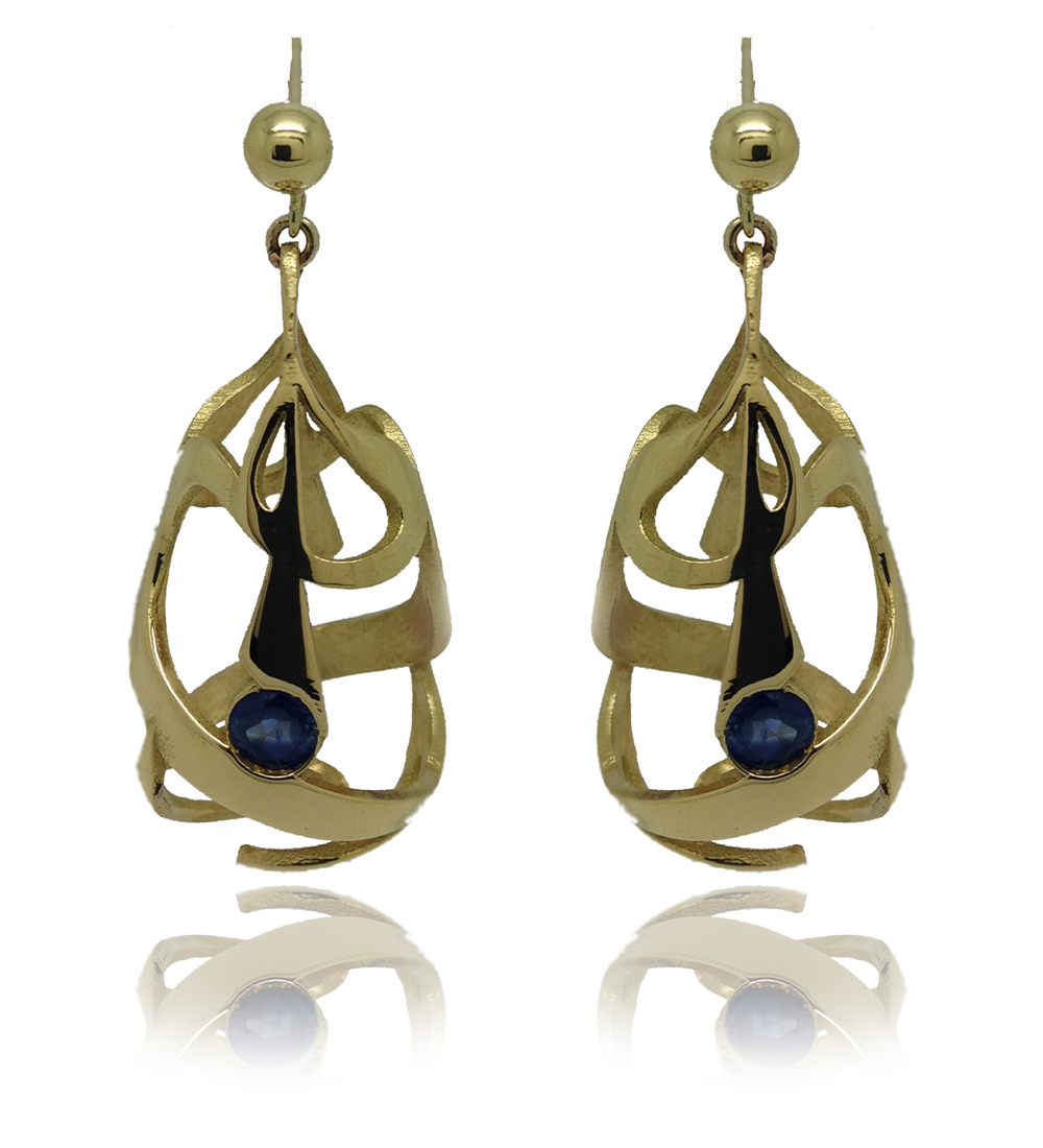 Bespoke yellow gold earrings with sapphires